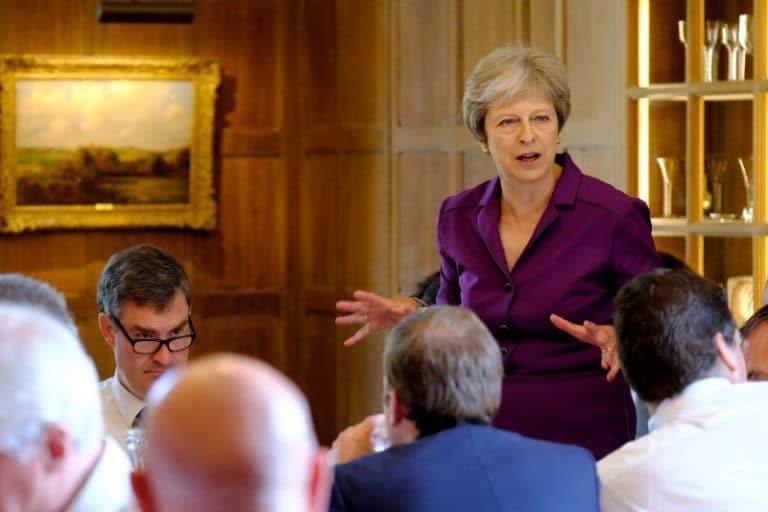 在Brexit投票前敦促立法者暂停第二个外观