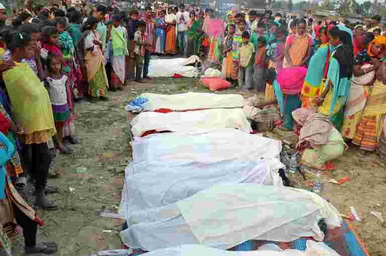 Bootleg酒在Assam中至少杀死84