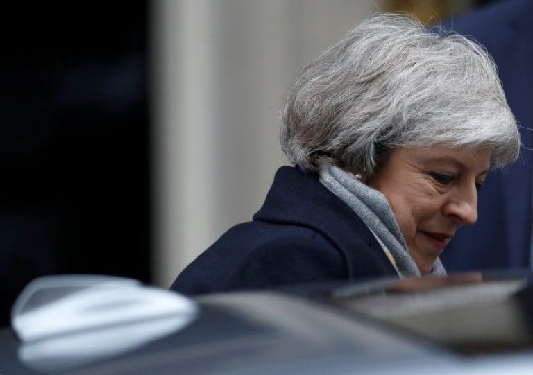 """""""英国的Theresa更令人毛骨悚然的尴尬可能是议会再次击败她"""