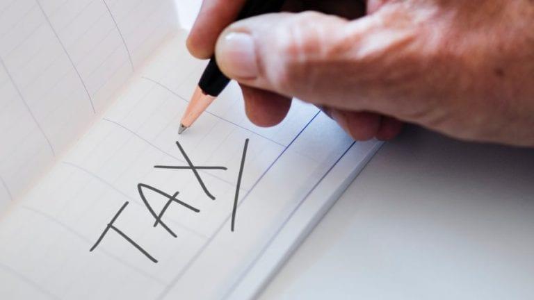 """""""2年来,收入纳税人在24小时内开始退款"""
