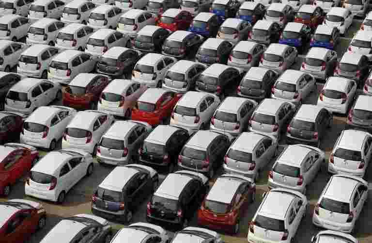 尽管节日欢呼,汽车经销商希望关闭FY20,并在细分市场的两位数下降
